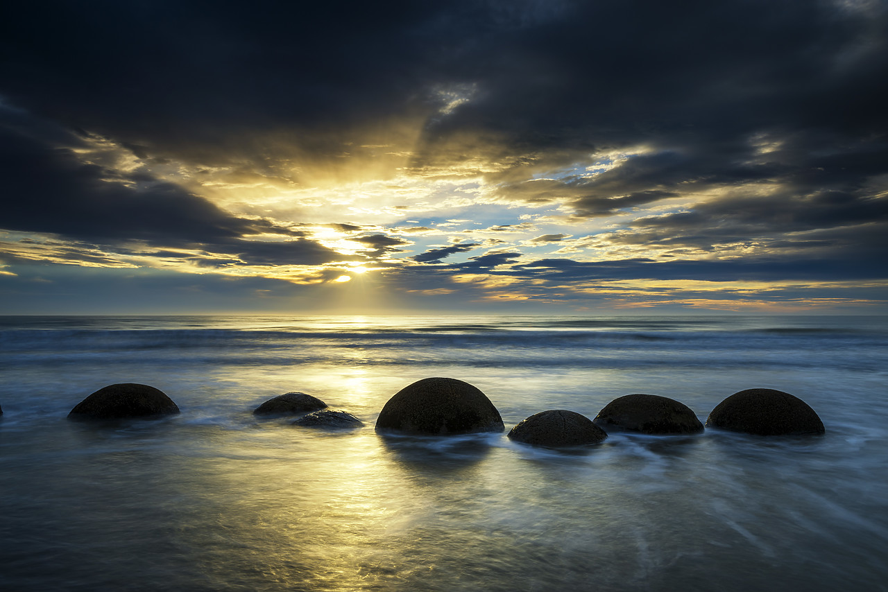 #160268-1 - Moeraki Boulders at Sunrise, Otago Coast, New Zealand