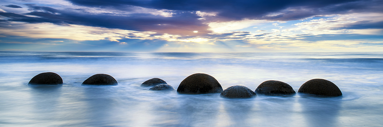 #160269-1 - Moeraki Boulders at Sunrise, Otago Coast, New Zealand