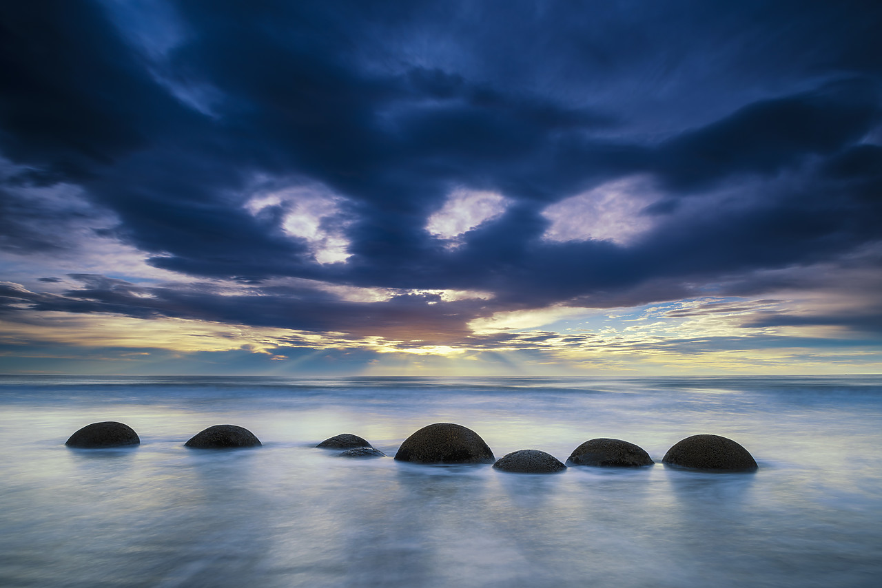 #160270-1 - Moeraki Boulders at Sunrise, Otago Coast, New Zealand