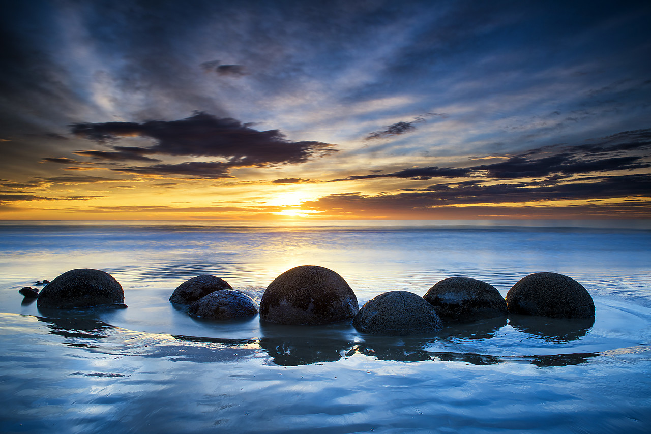 #160277-1 - Moeraki Boulders at Sunrise, Otago Coast, New Zealand