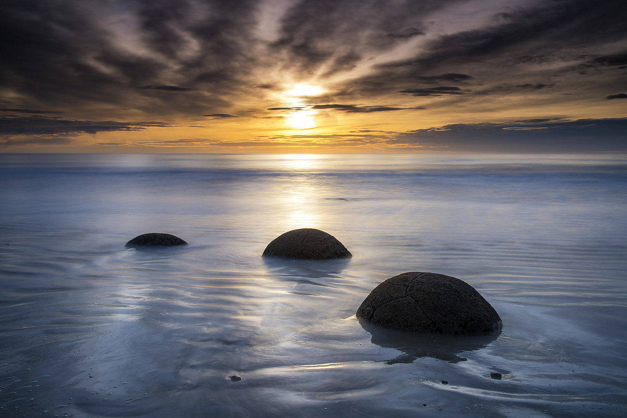 #160279-1 - Moeraki Boulders at Sunrise, Otago Coast, New Zealand