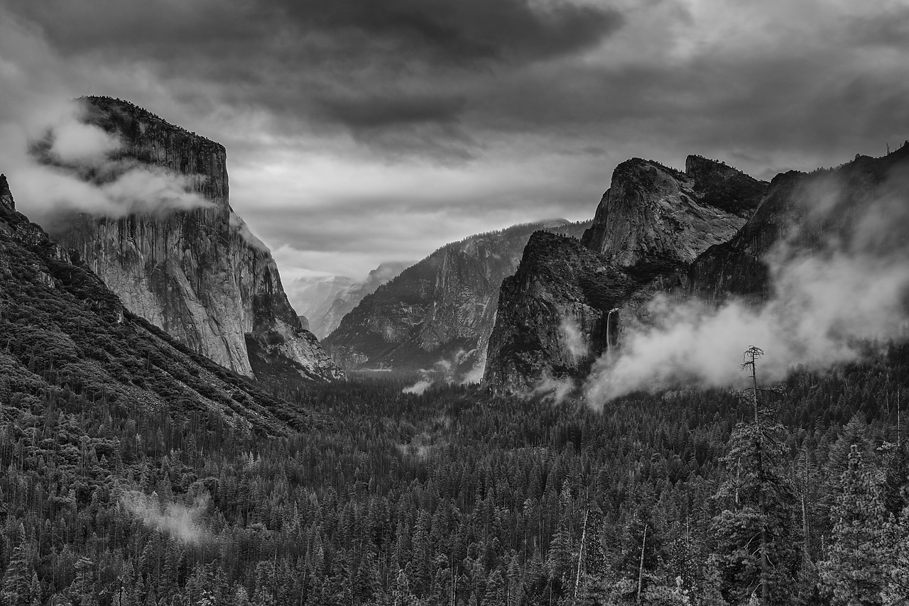 #180000-1 - Tunnel View, Yosemite National Park, California, USA