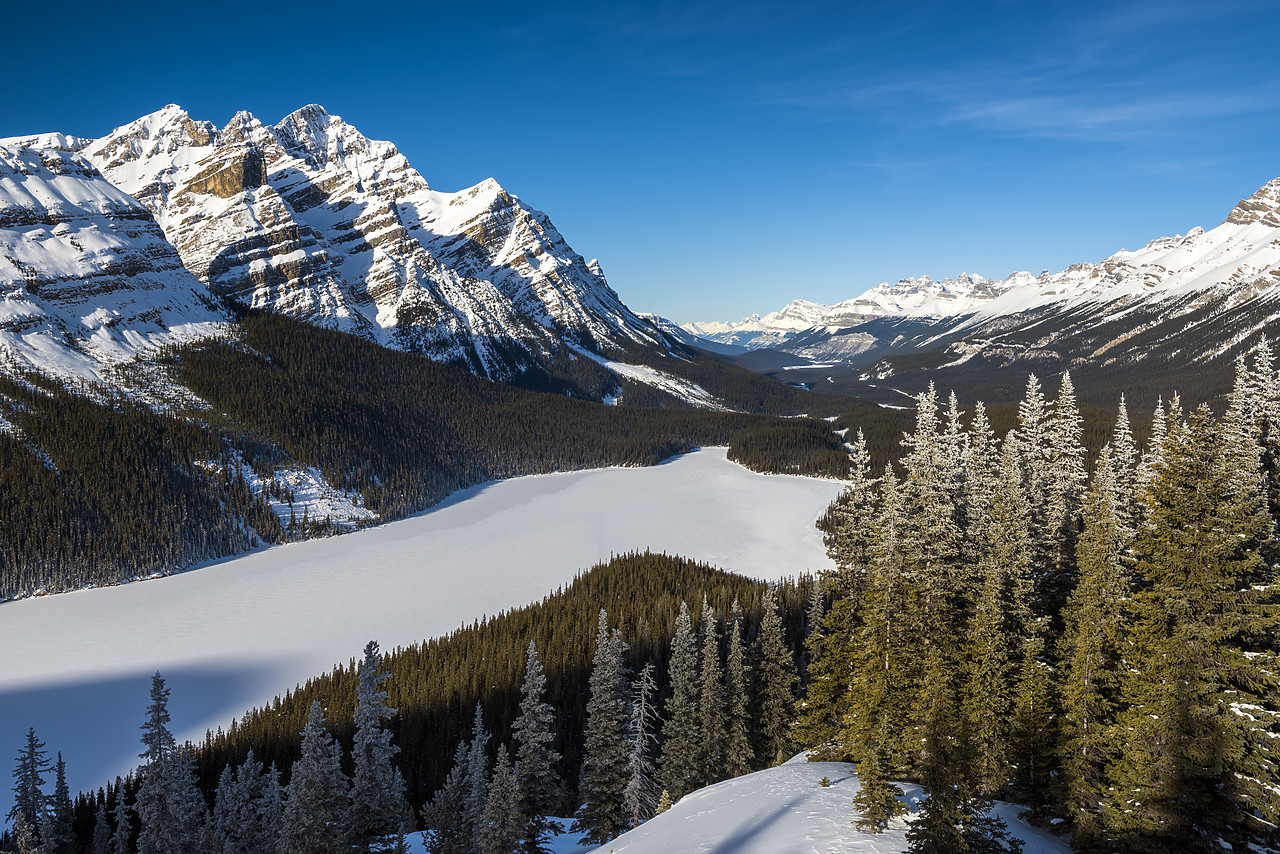 #180051-1 - Peyto Lake in Winter, Banff National Park, Aberta, Canada
