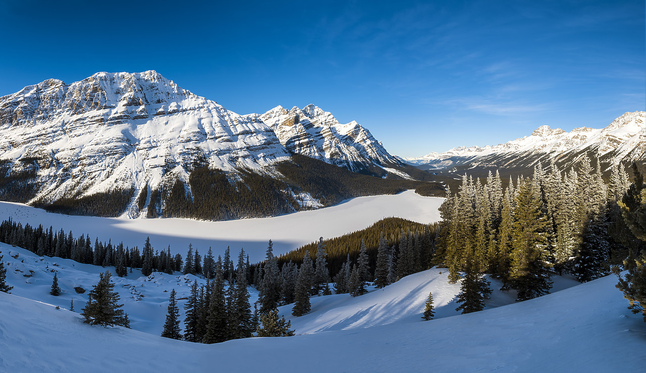 #180051-2 - Peyto Lake in Winter, Banff National Park, Aberta, Canada