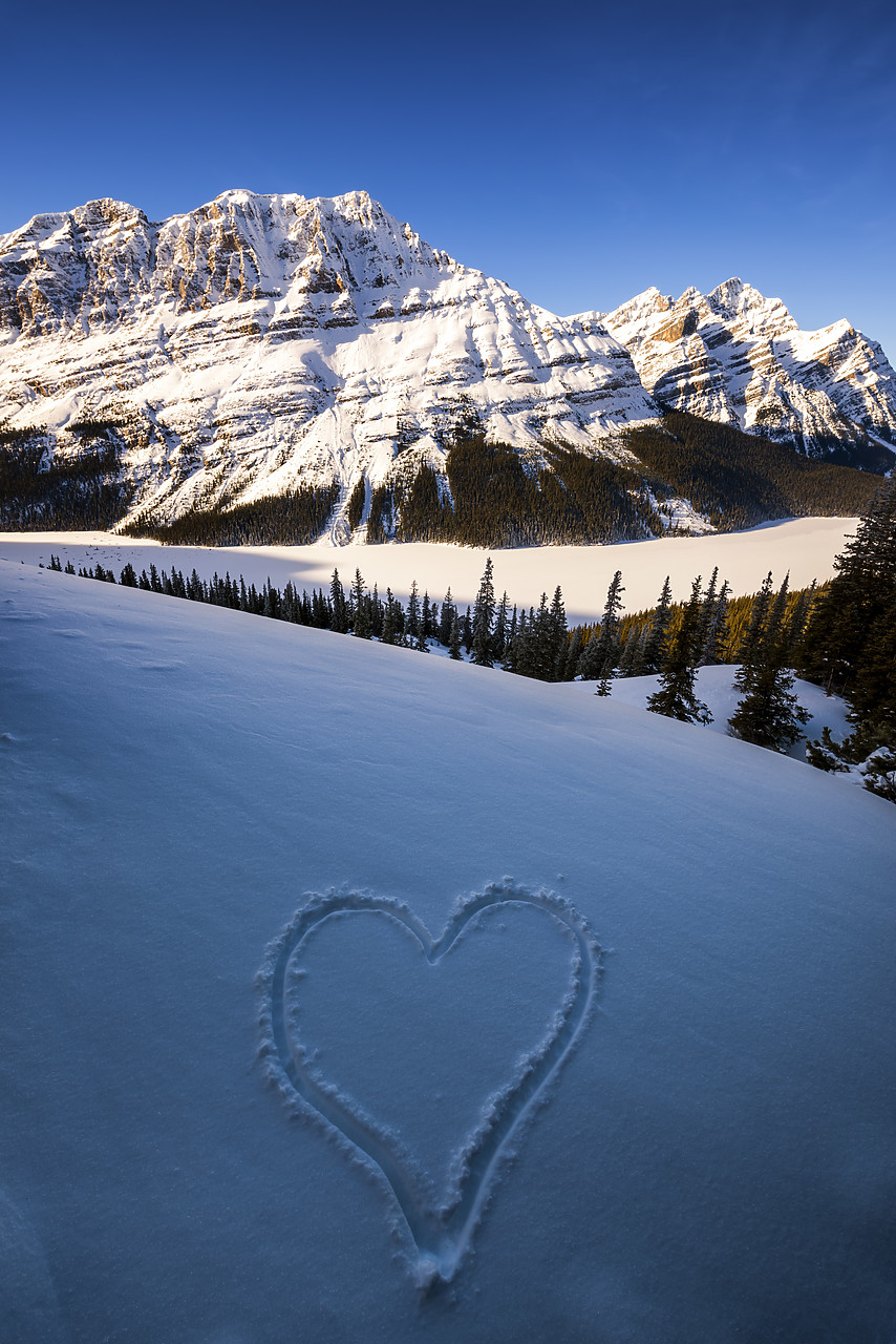 #180053-1 - Peyto Lake in Winter, Banff National Park, Aberta, Canada