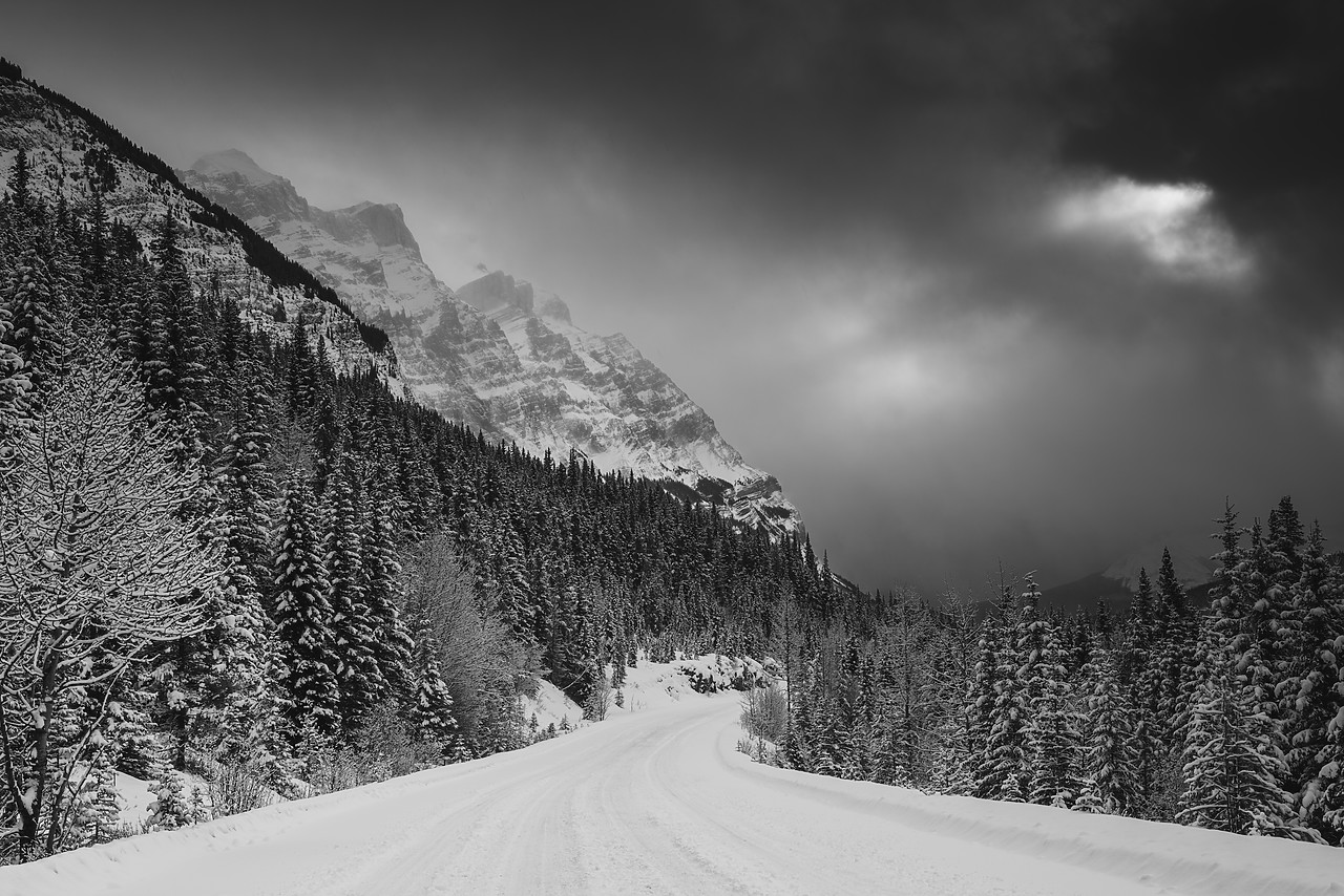 #180074-2 - Icefields Parkway in Winter Storm, Jasper National Park, Aberta, Canada