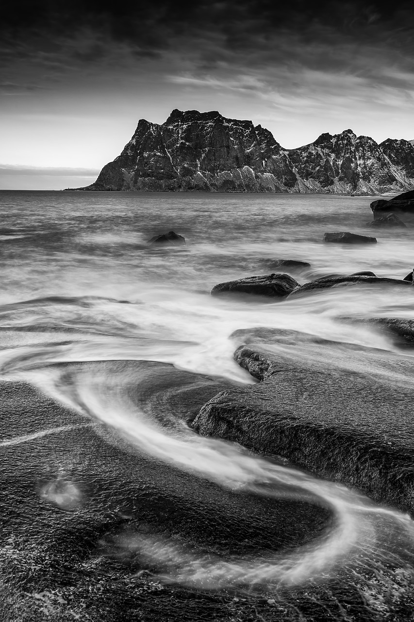 #180116-2 - Uttakleiv Coastline, Lofoten Islands, Norway