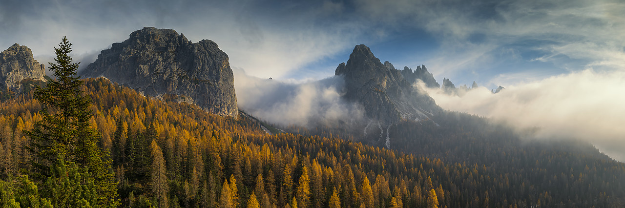 #180500-2 - Dolomites in Autumn Mist, South Tyrol, Trentino-Alto Adige, Italy