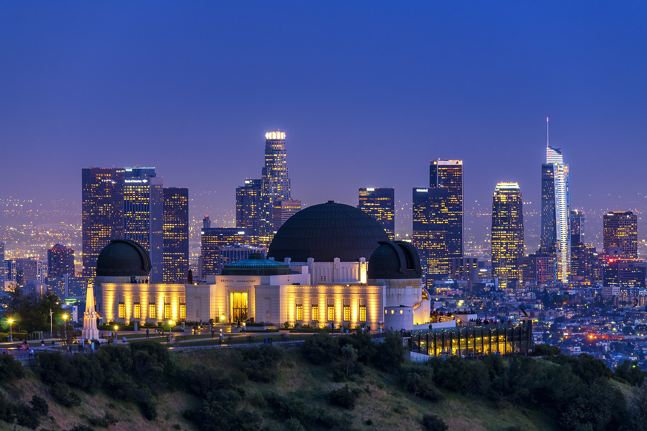 #190135-1 - Griffith Observatory & LA Skyline at Night, California, USA
