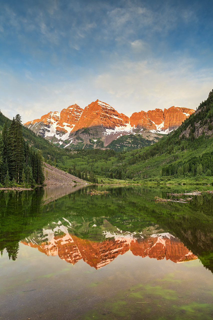 #190254-2 - First Light on Maroon Bells Reflecting in Maroon Lake, near Aspen, Colorado, USA