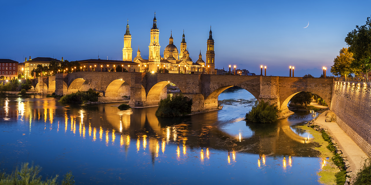 #190497-3 - Basilica-Cathedral of Our Lady of the Pillar & Roman Bridge Over Ebro River at Dusk, Zaragoza, Spain