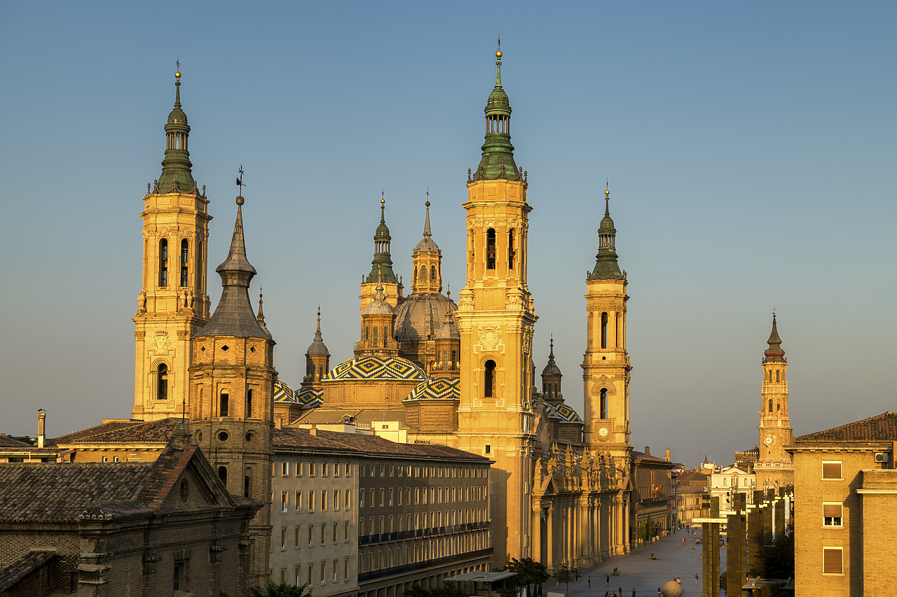 #190502-1 - Basilica-Cathedral of Our Lady of the Pillar, Zaragoza, Spain