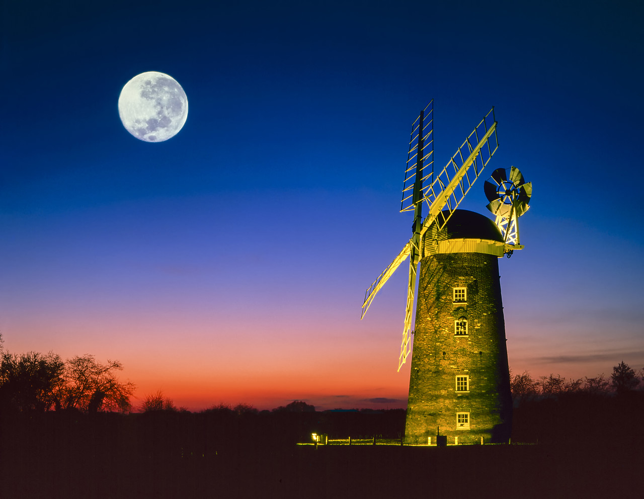 #400144-1 - Full Moon over Dereham Mill, Dereham, Norfolk, England