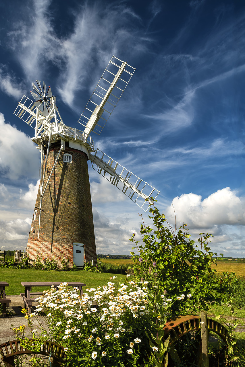 #400152-1 - Hardley Mill, Hardley, Norfolk, England