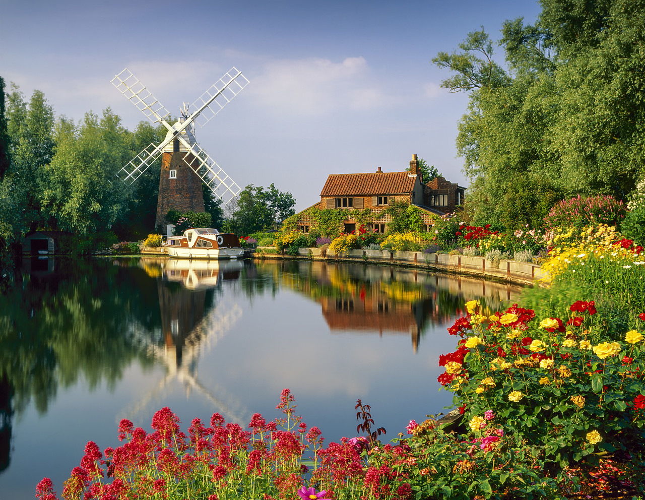 #955595-2 - Hunset Mill on the River Ant, Norfolk, England